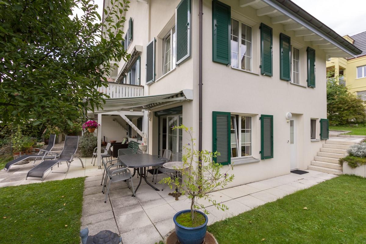 Garten / separater Eingang zur Wohnung