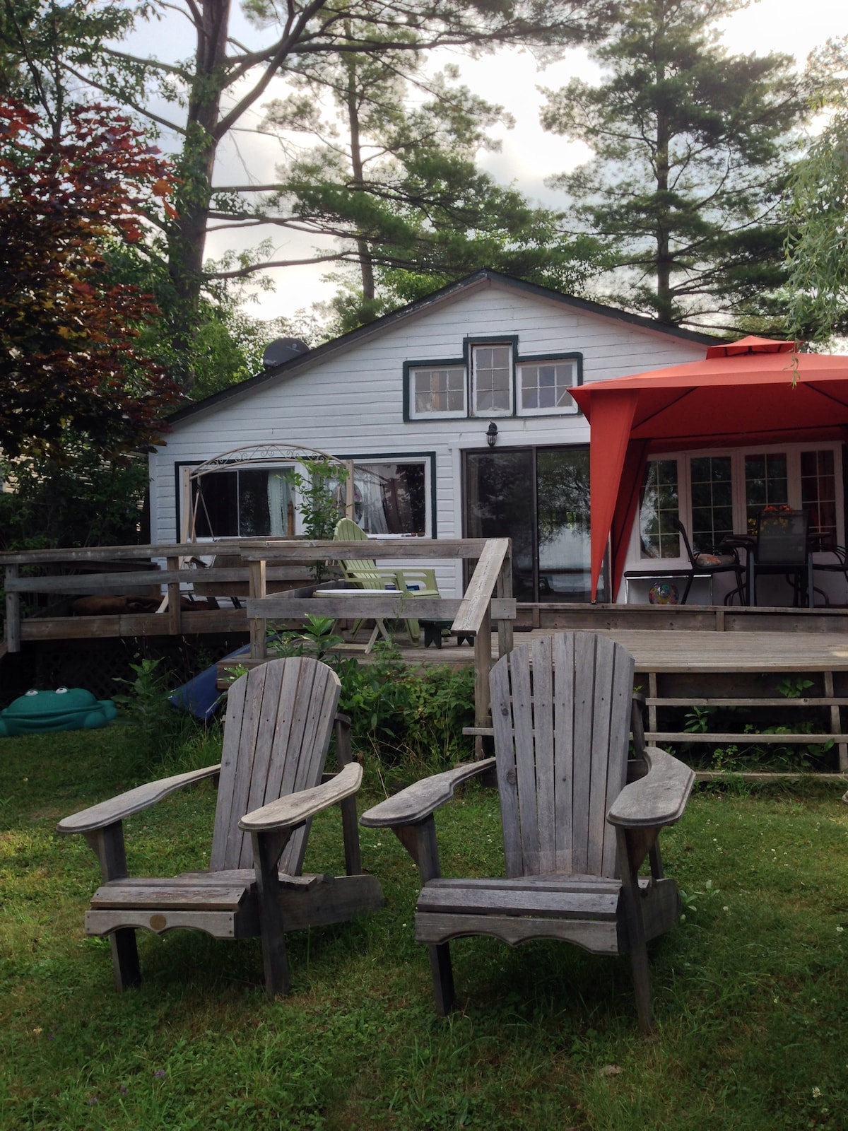 Lakefront Cottage near Muskoka