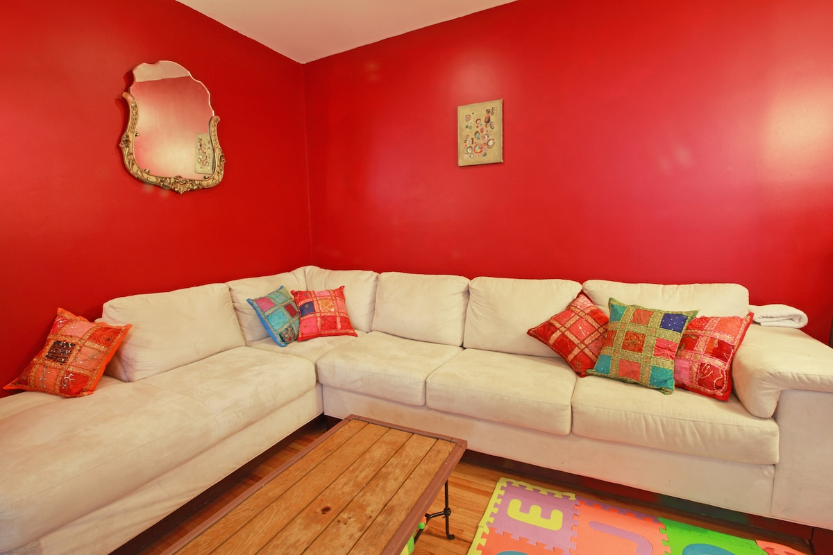 Private, spacious room in Brooklyn