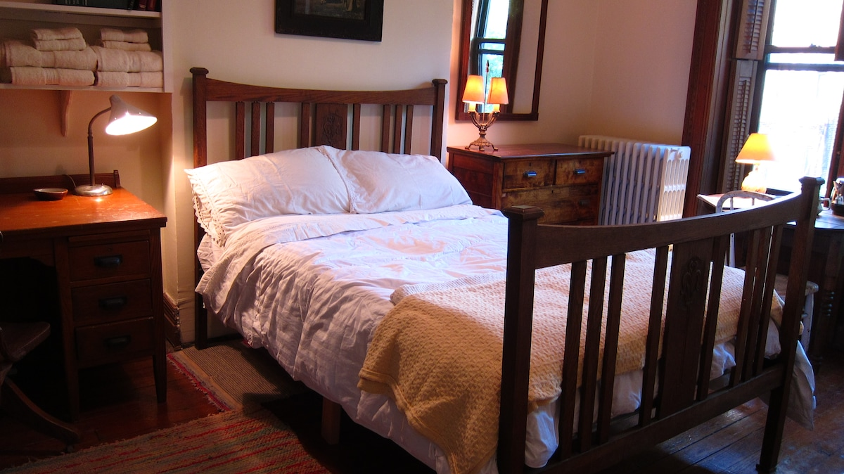 comfortable double bed with comforter