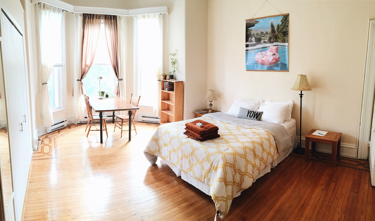 Large Bright Victorian Bedroom