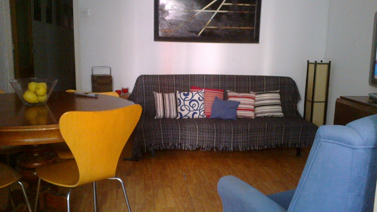 Single room near Barcelona Center