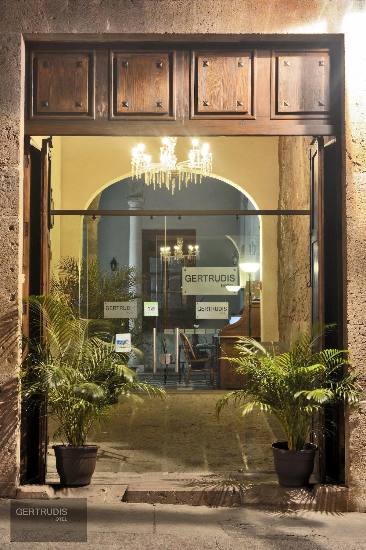 Gertrudis Hotel