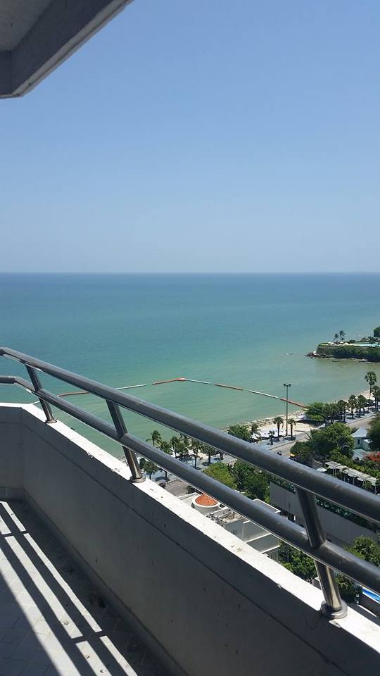 Centrally Located SeaView Apartment