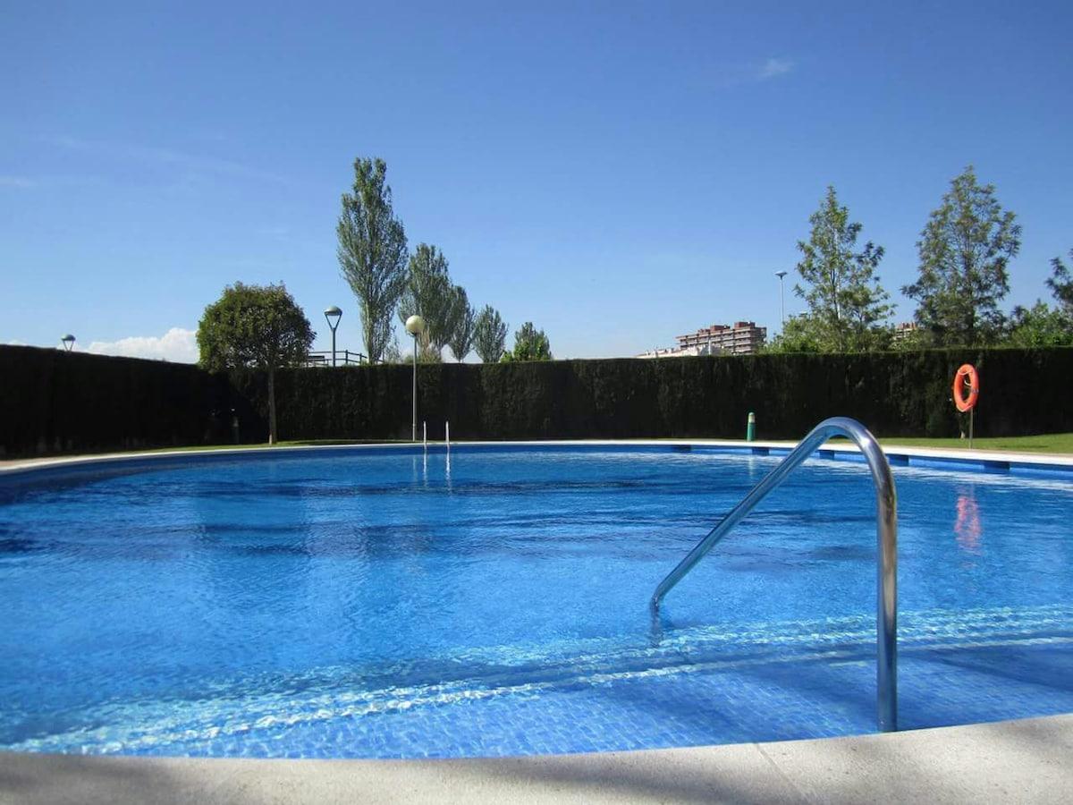 Habitacion-Room, piso con piscina