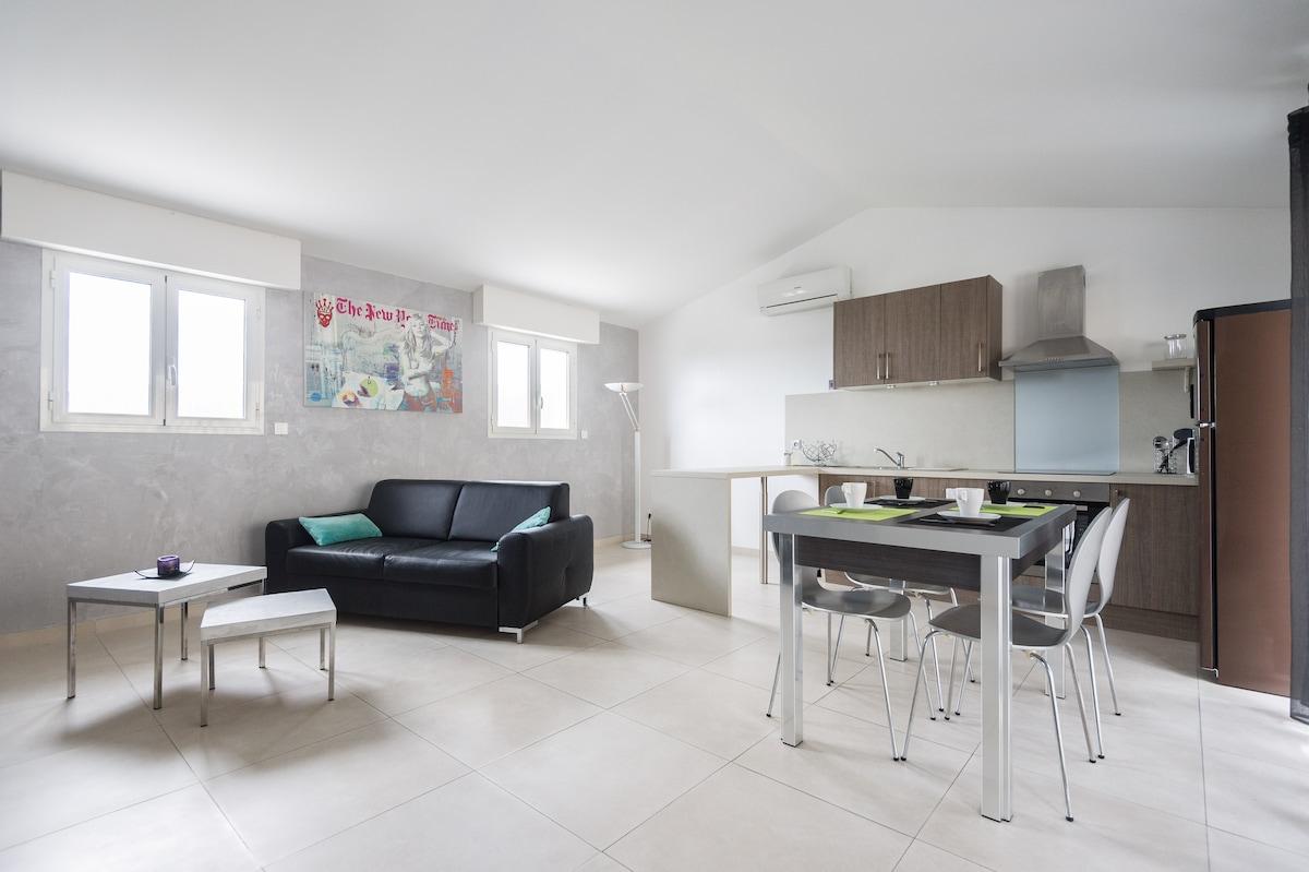 Appartement calme, hauteurs de Nice