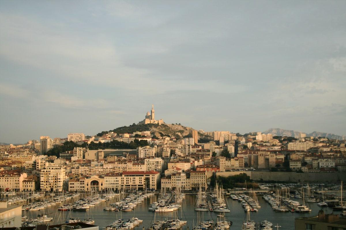 40 m2 Superbe vue Vieux port