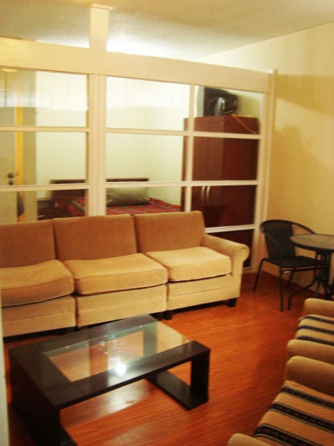 FURNISHED SUITE IN MODERN QUITO