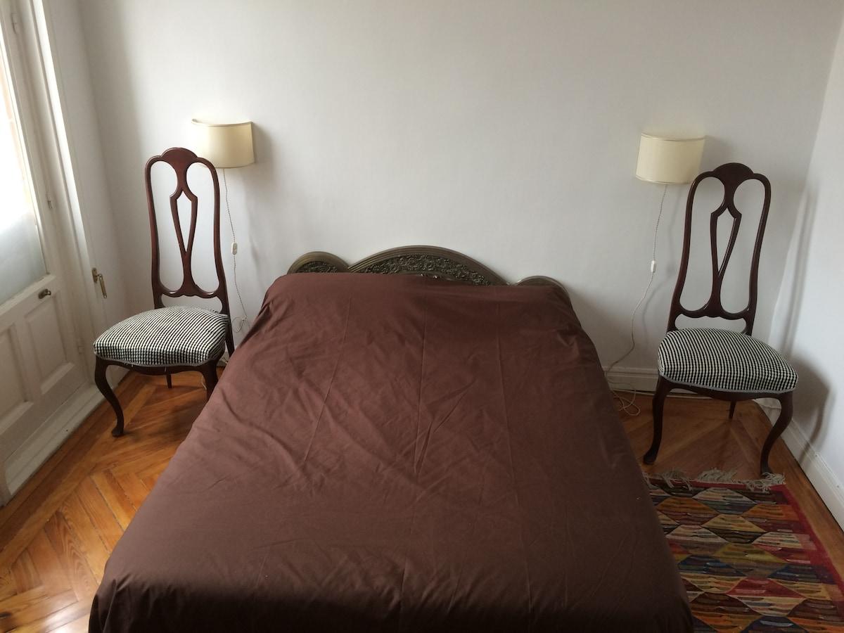 Chueca, private room near Gran Via