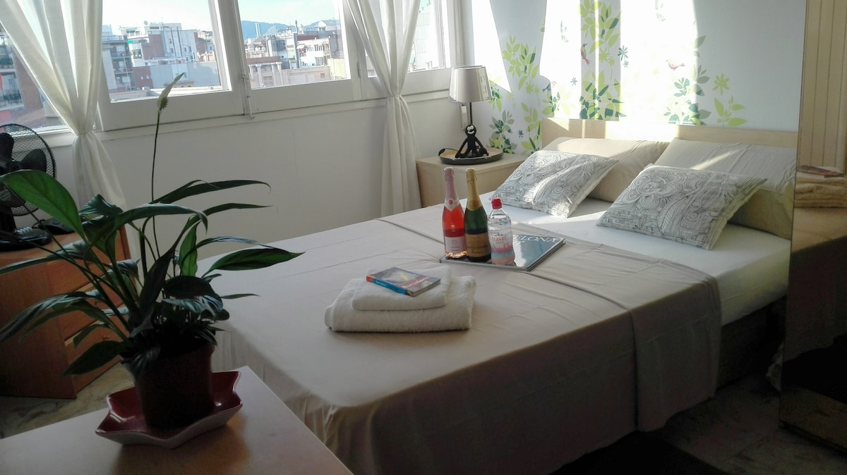 double room with balcon sunny