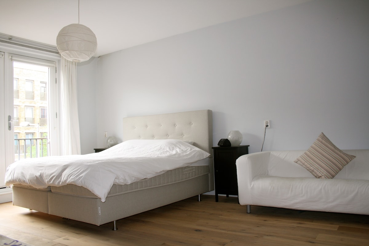 Spacious and sunny 125m2 apartment
