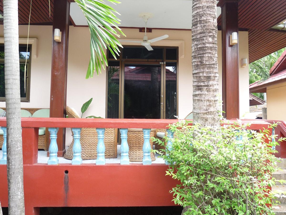 Small Villa close to Bangrak Beach