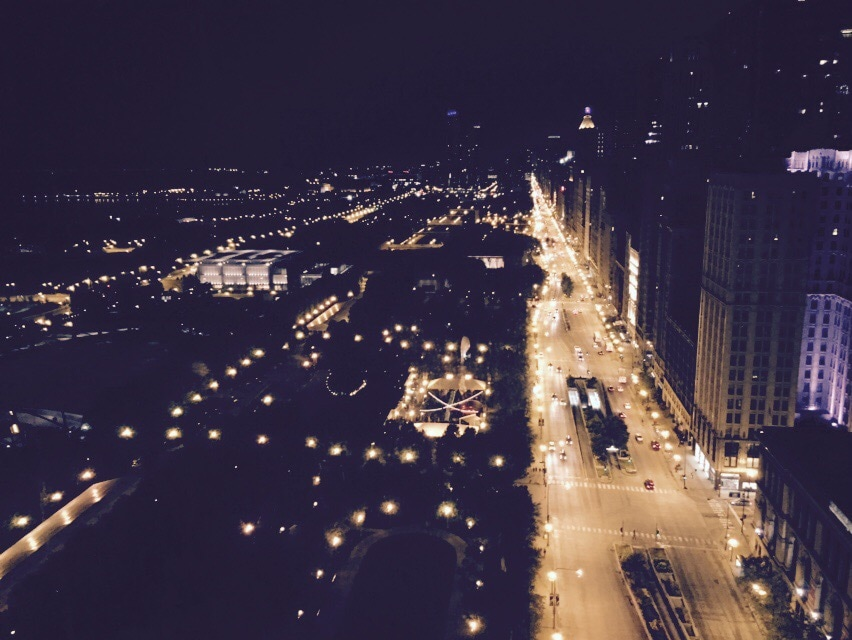 Amazing view, heart of Chicago