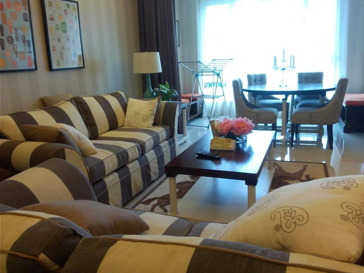 温馨 舒适三居整租 顶级室内设计师专业打造 配有车位