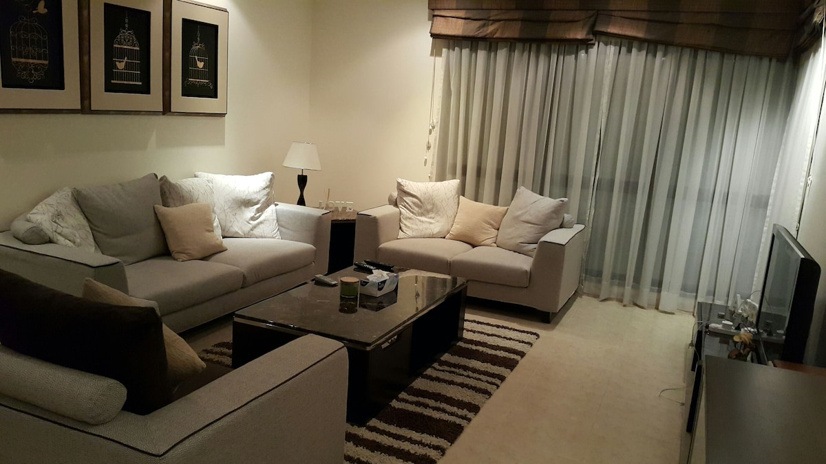 Large room with pool in city center