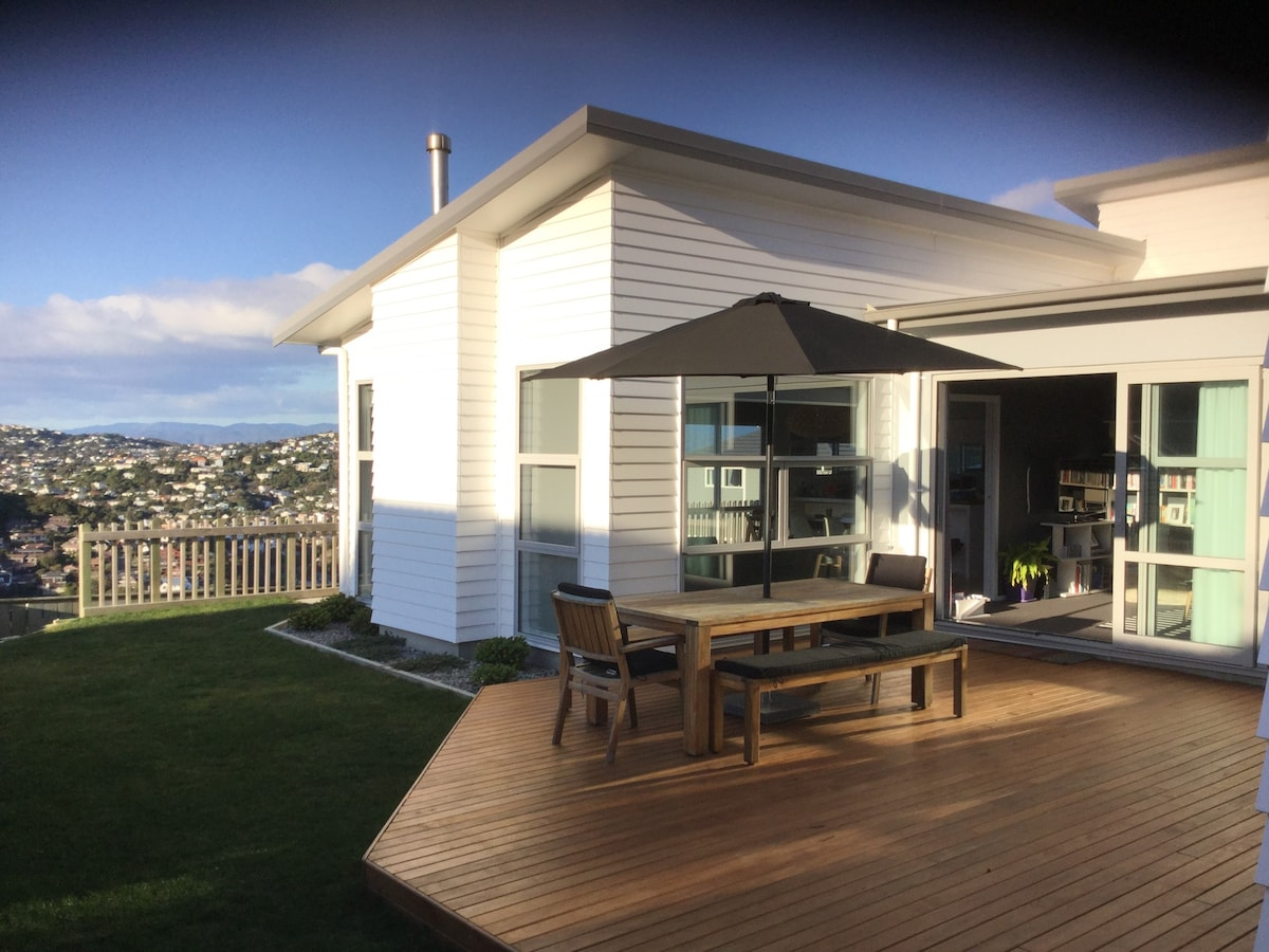 Sunny new family home in Wellington