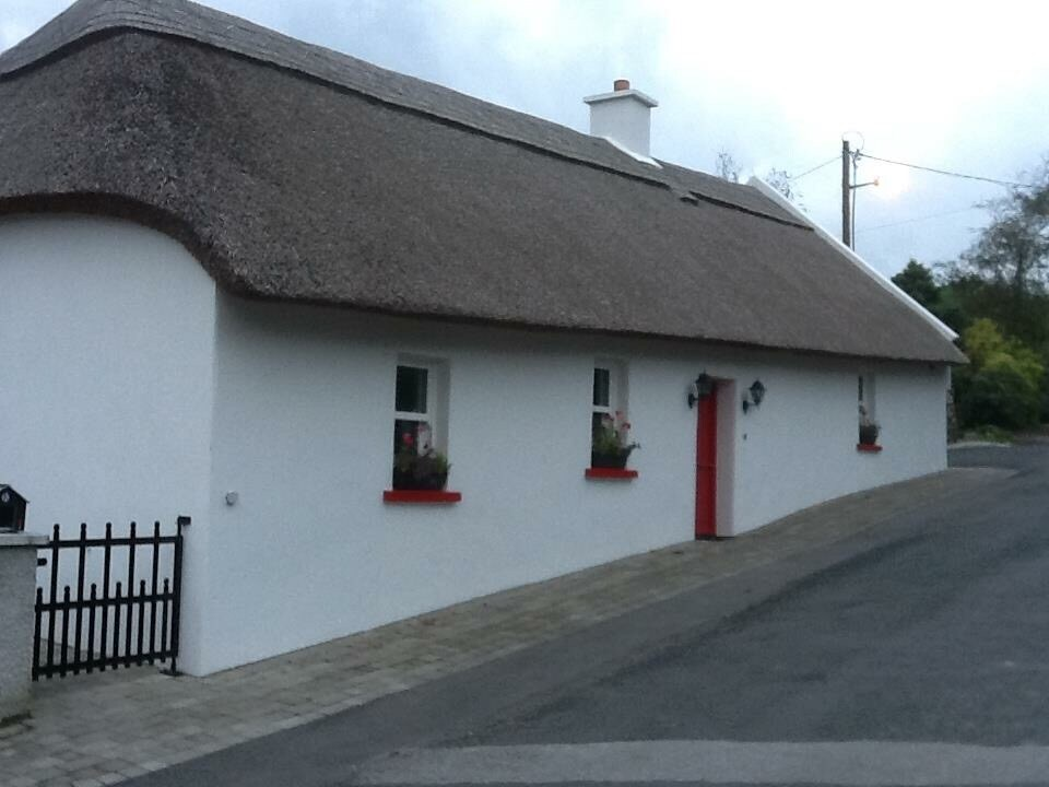 Thatched Cottage, Stradbally.