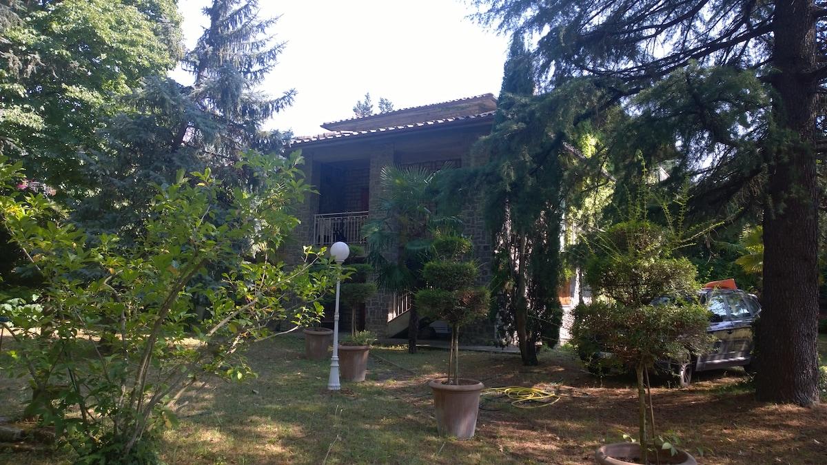 Apartment in Villa with garden