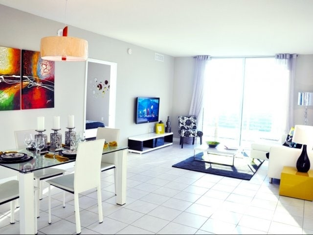 Brickell Suite full city view #22 F