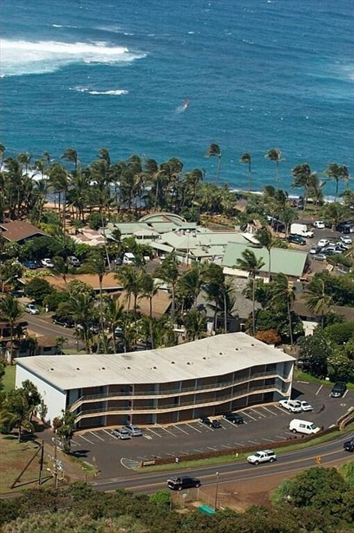Kuau Plaza - North Shore Paia, Maui
