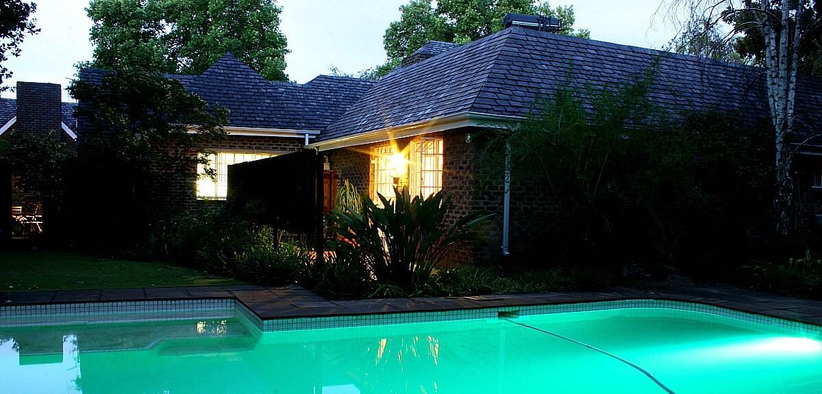 Acorns on 8th : Garden Cottage