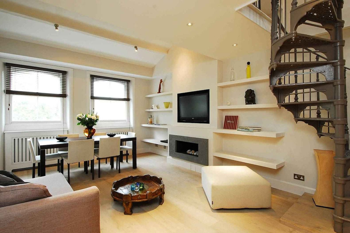 Modern and Clean 3 BDR Apartment