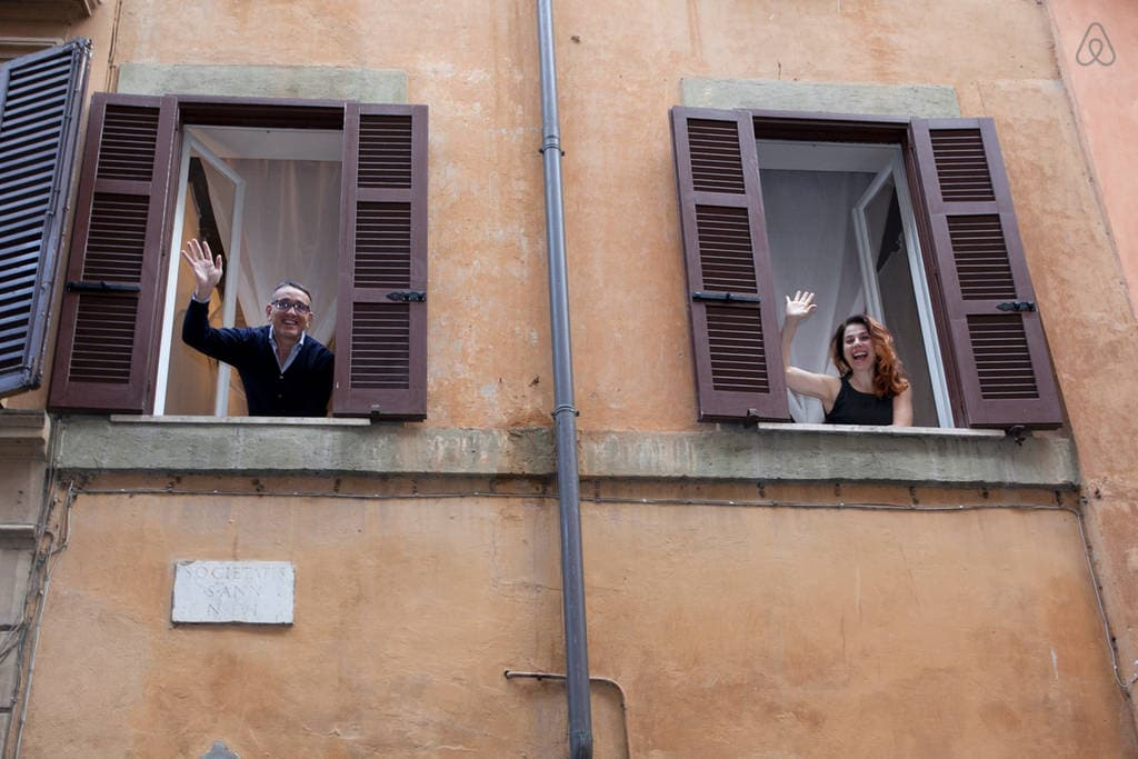 Laura E Luca from Rome
