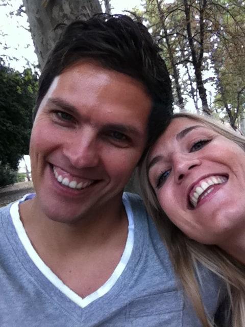 Bonjour, nous sommes Johanna et Stéphane.  Nous a