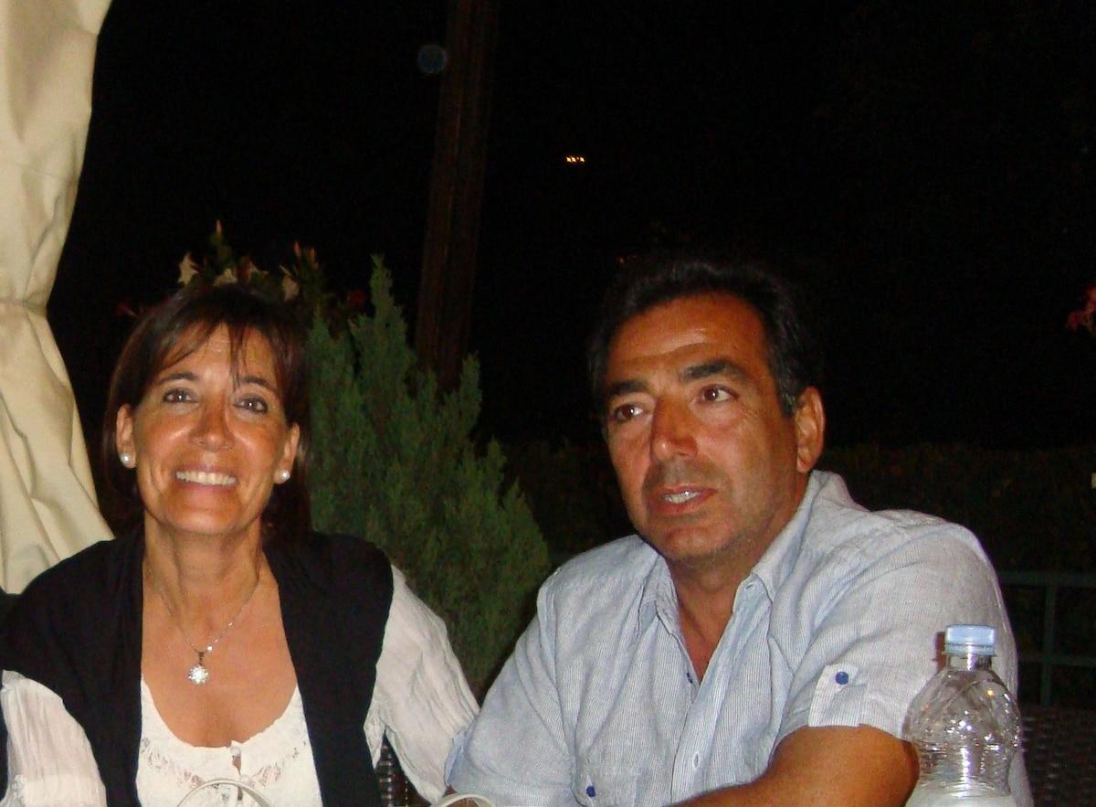 I gestori della struttura siamo Vittorio e Montse.