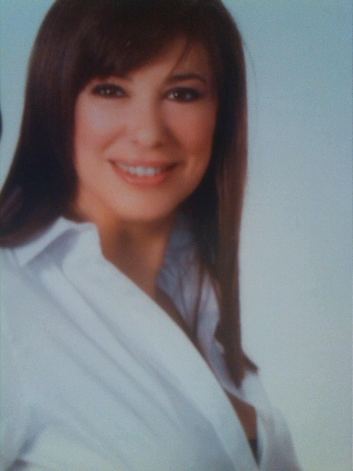 Hola ,soy Pura Ferri, una mujer  de 47 años extrov