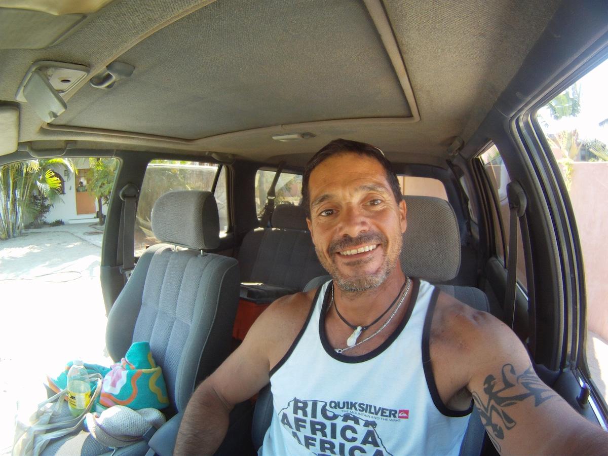 Mauricio from Todos los Santos