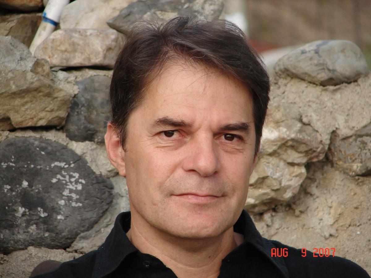 Δημήτρης From Drapanias, Greece