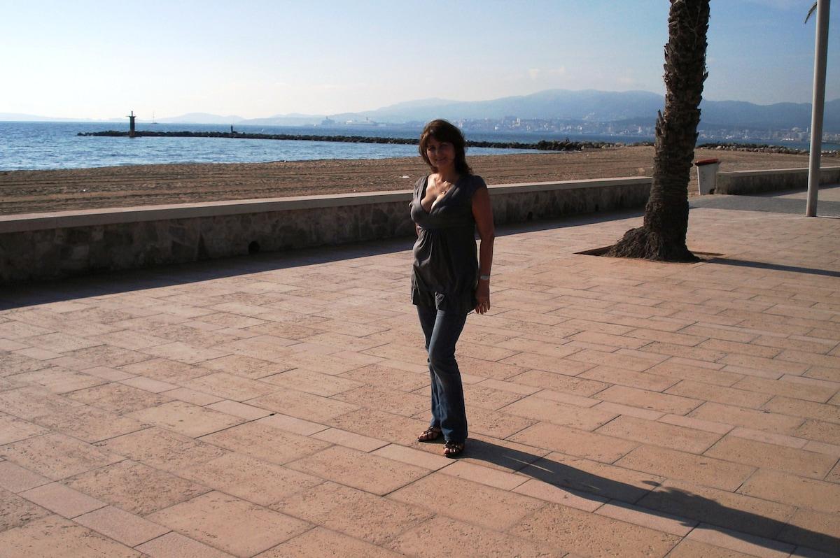 Elena From Palma, Spain