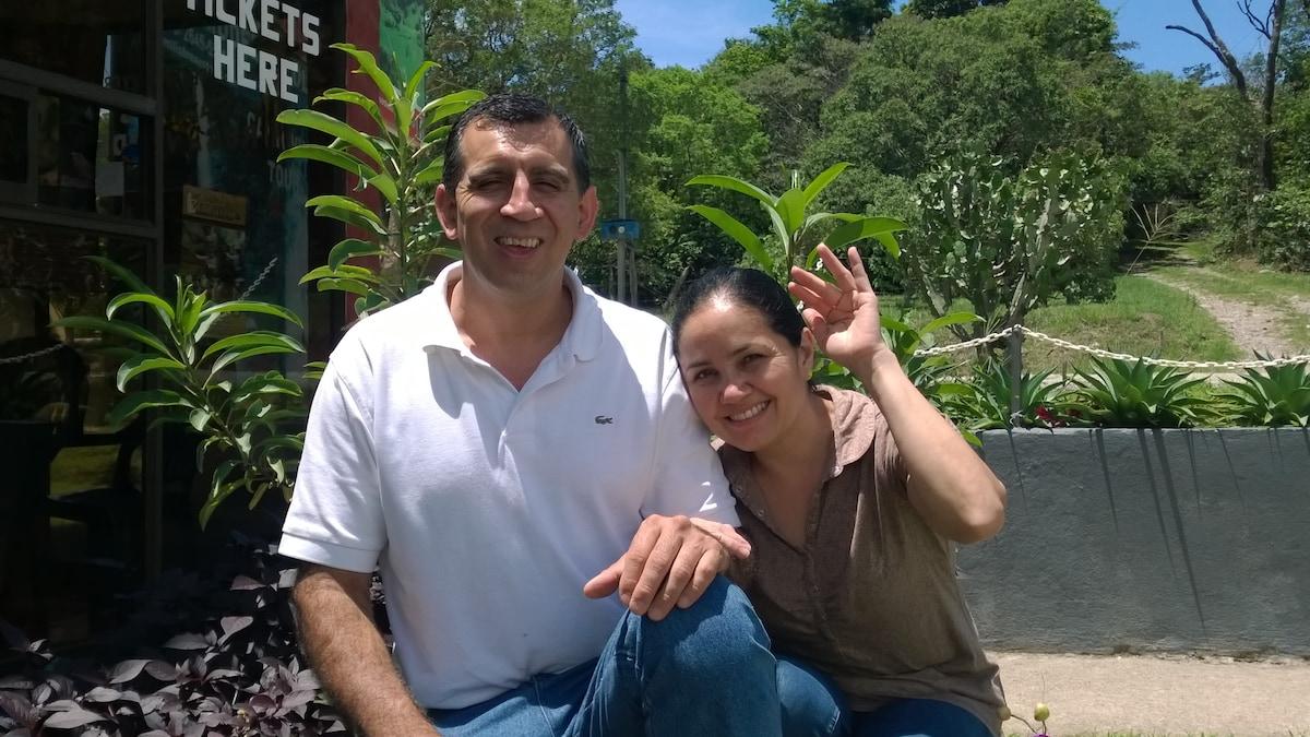 Teresita & Eli From Monteverde, Costa Rica