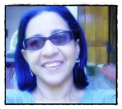 Olá, Sou professora de português e literatura, co