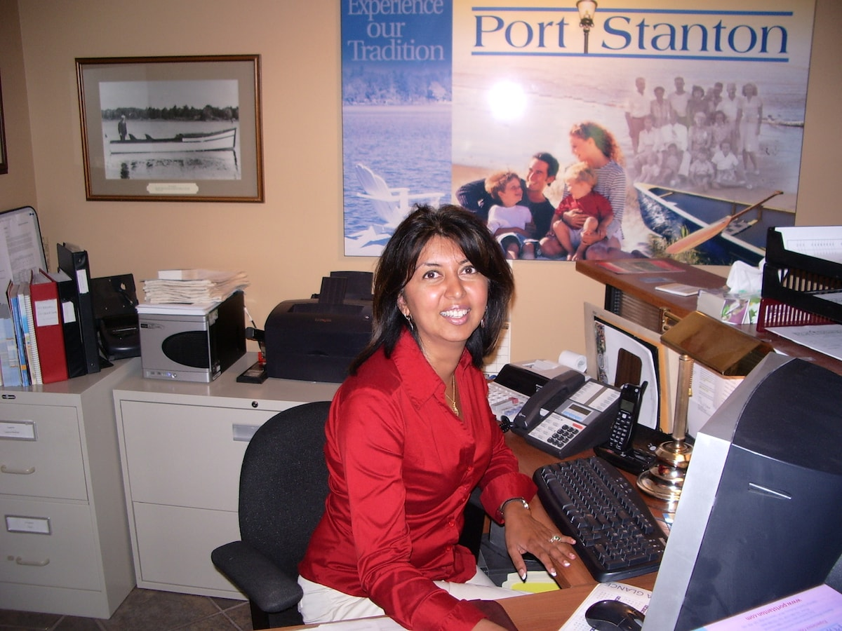 Shalani From Collingwood, Canada