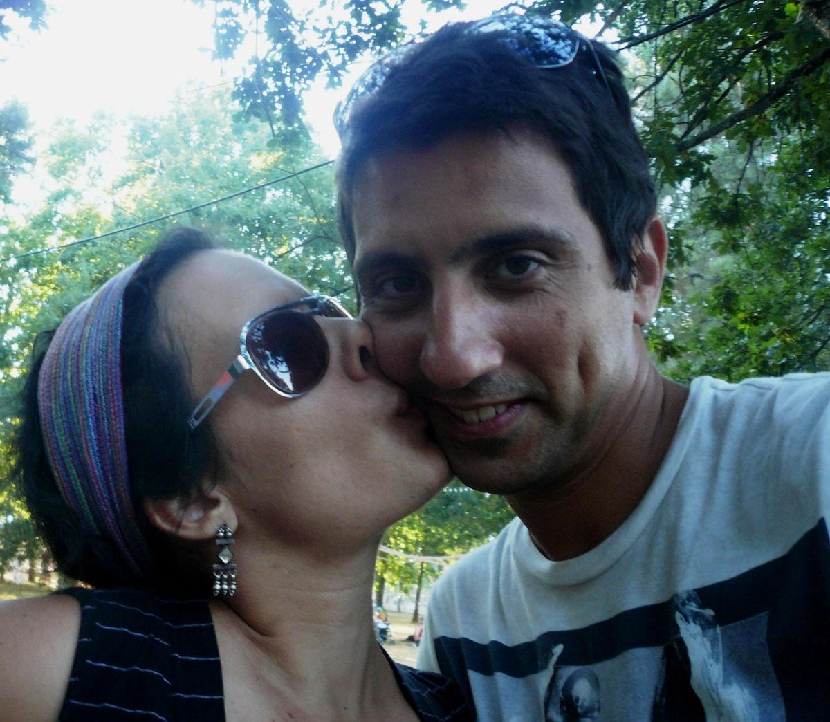 We are Sara and Gonçalo. We hope that you like ou
