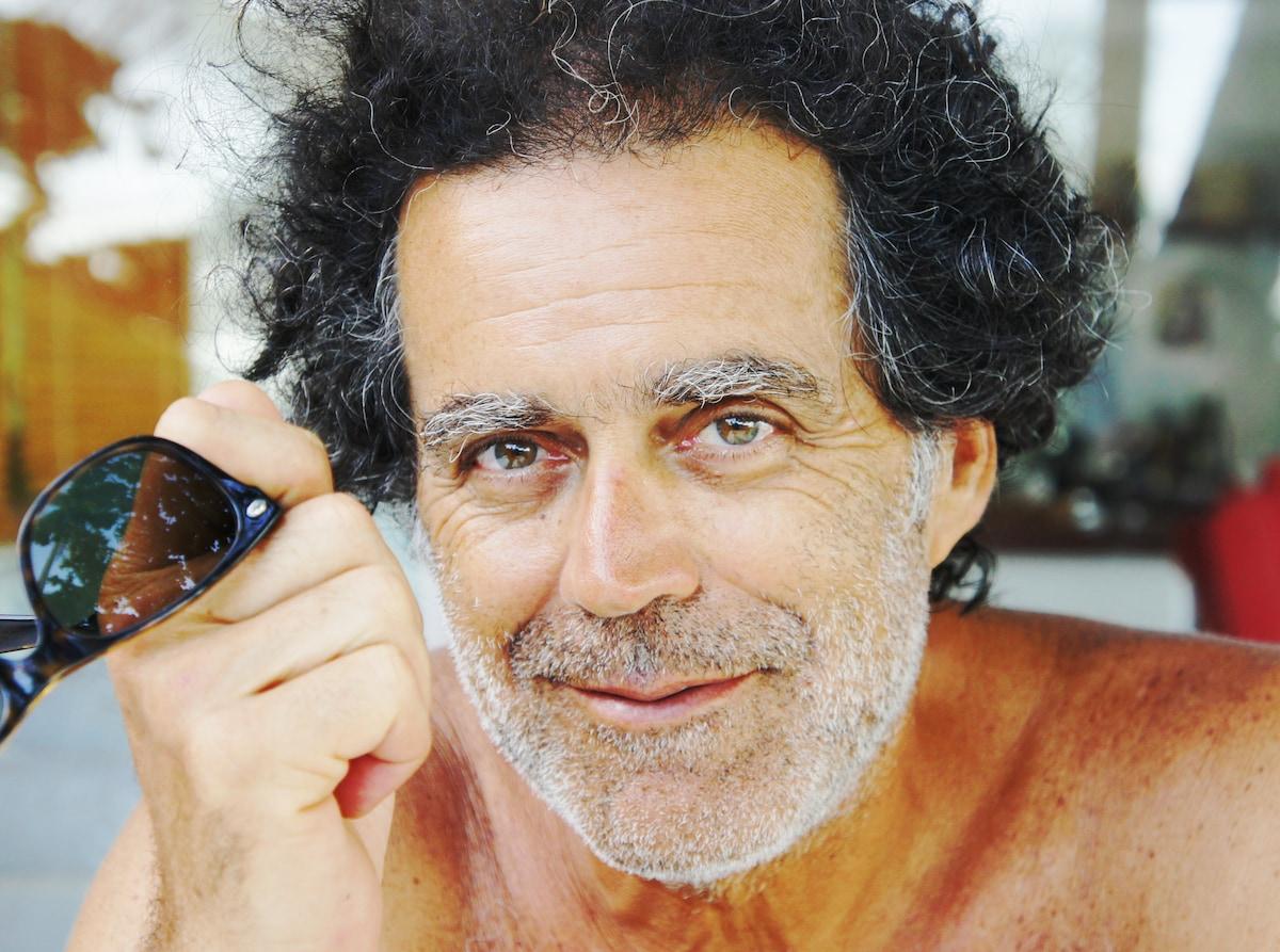 Sou Gil Ribeiro , Atualmente moro em São Paulo ,