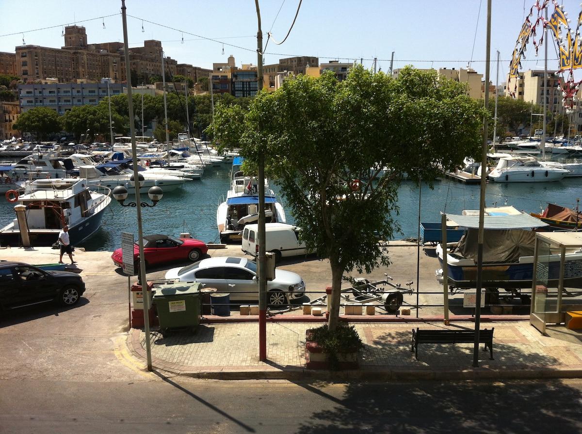 Eva From Msida, Malta