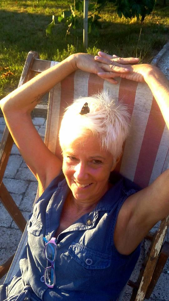 Paola from Potenza Picena