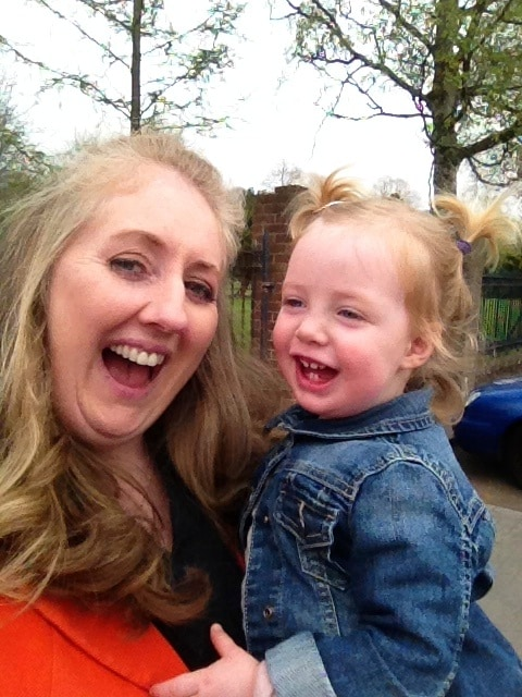 Hi I'm Aoife and that's my daughter, Clara. After