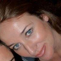 Carole from Salles-d'Aude
