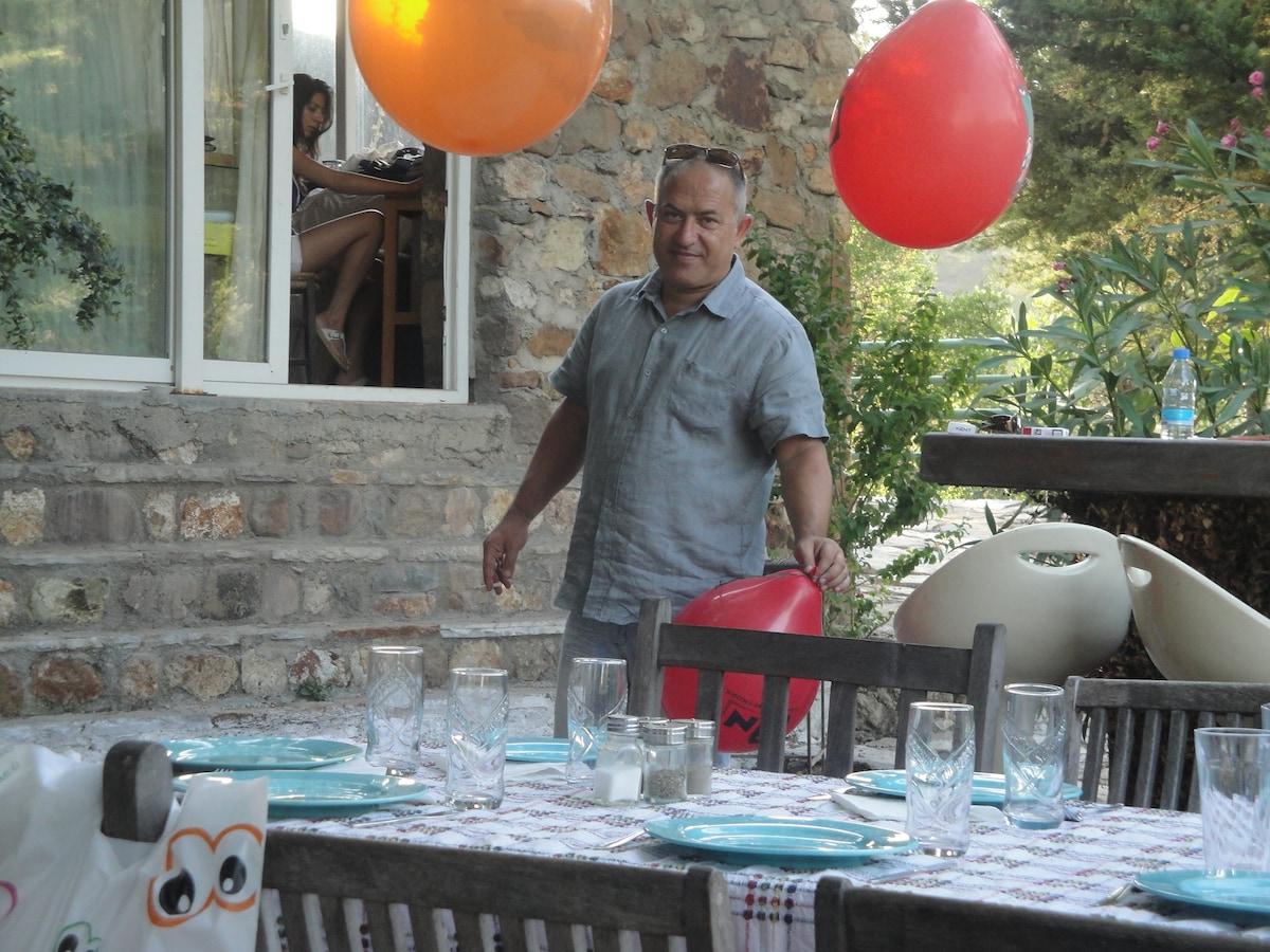 Soner From Istanbul, Turkey
