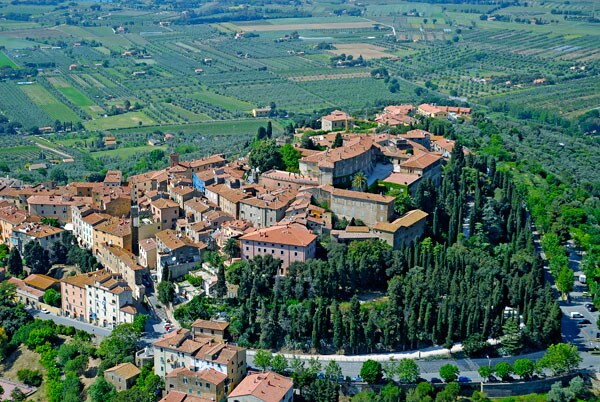 Andrea From Castagneto Carducci, Italy