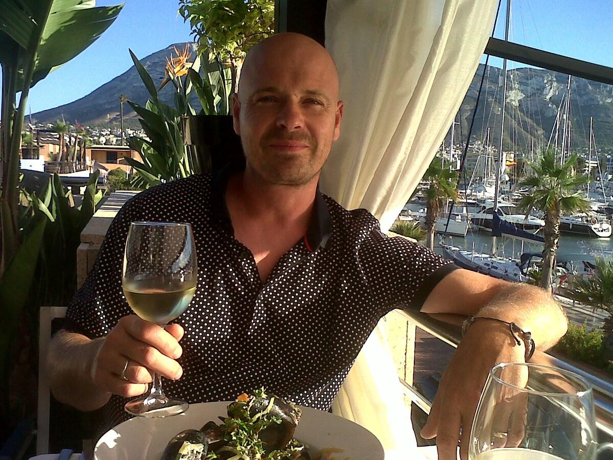 Richard From Pedreguer, Spain