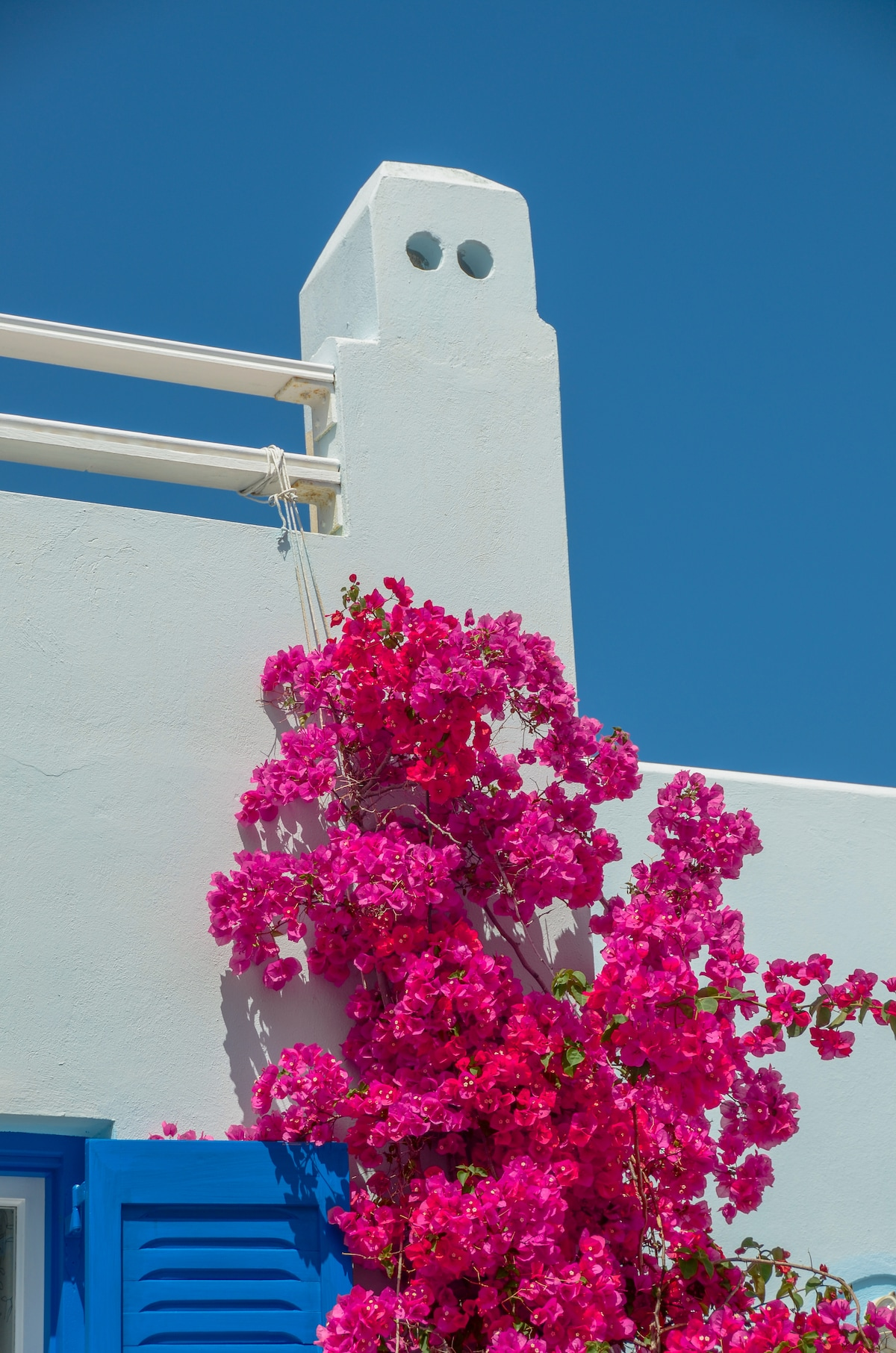 I am from Naxos and stay in Naxos all the year.