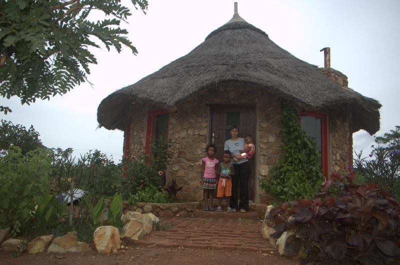 Wir sind eine multikulturelle Familie (Tansania-De