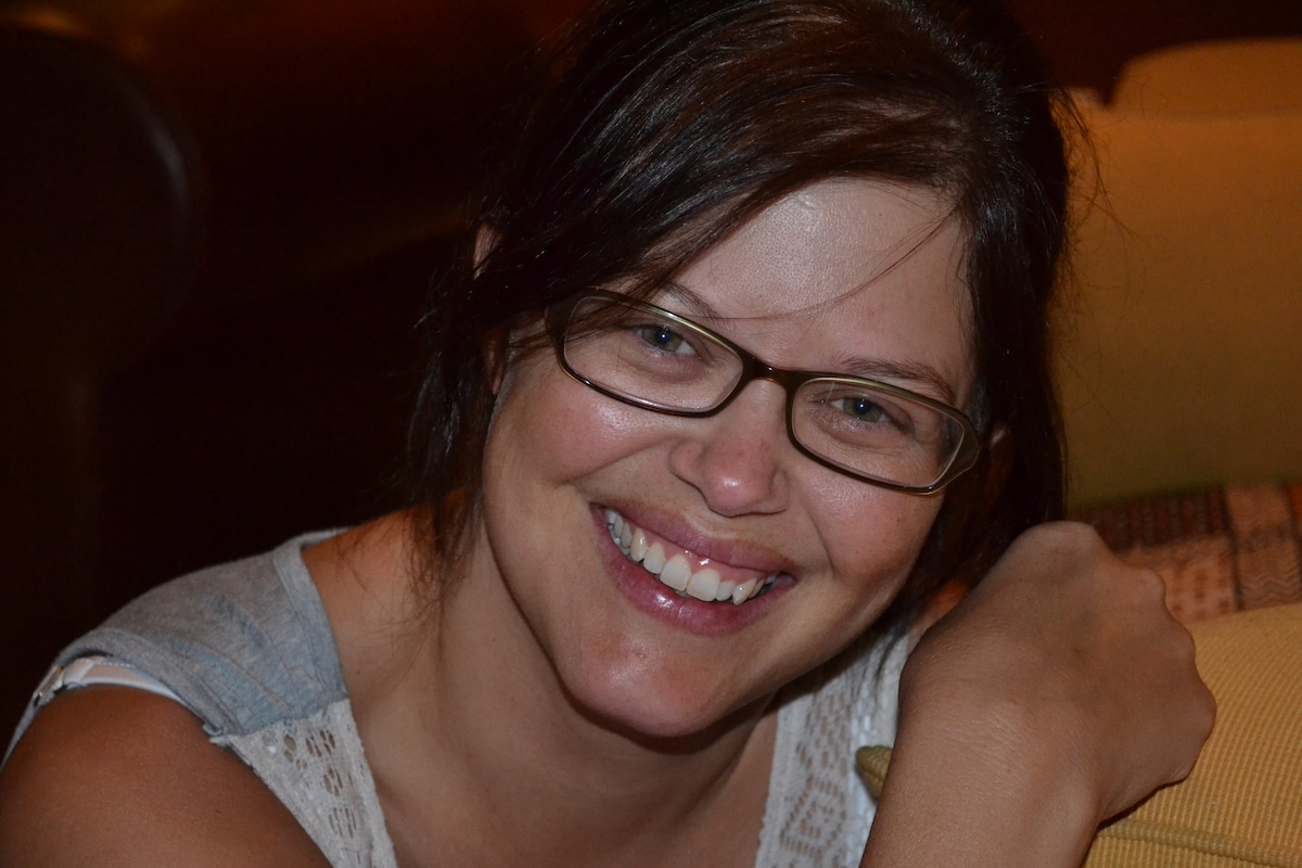 Proud wife of Dr Ernu De Villiers and mom of 3 bea