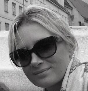 Monika from Nice