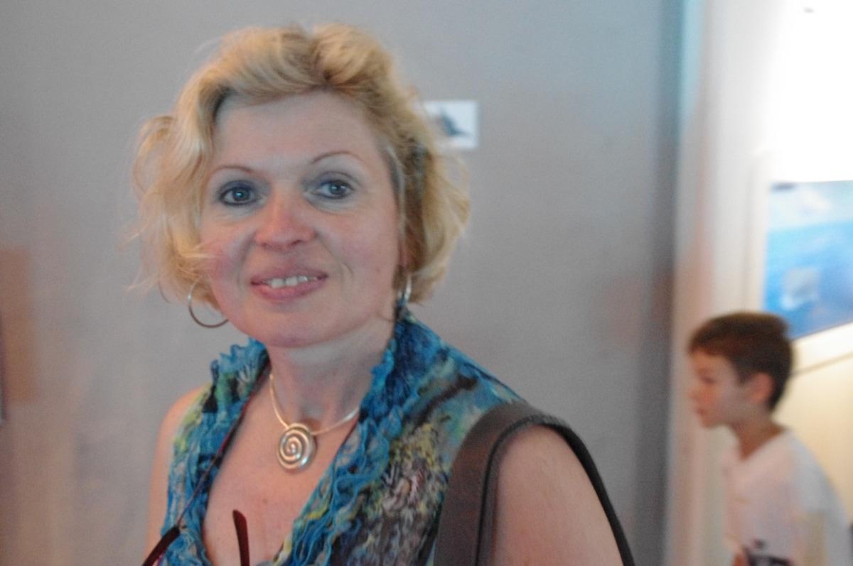 Silvia From Sarrians, France
